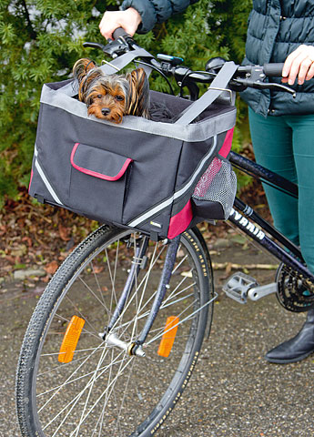 Krepšys gyvūnui pritaikytas dviračiui